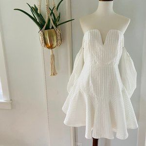 Missguided Off the Shoulder White Dress Size 6